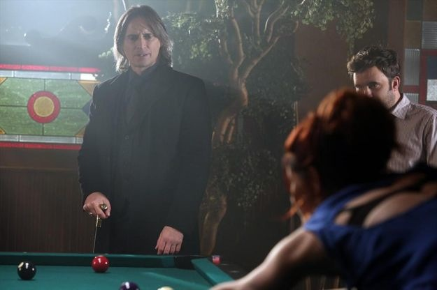 once-upon-a-time-season-2-episode-19-lacey-7