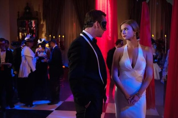 revenge-season-2-episode-18-masquerade-4_2