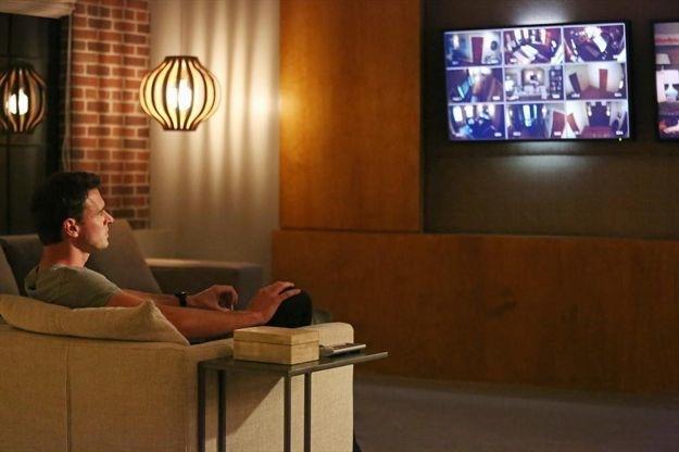 scandal-season-2-episode-18-molly-you-in-danger-girl-4