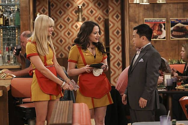 2 broke girls season 2 episode 21 and the worst selfie ever 1