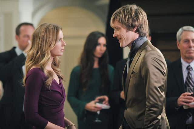REVENGE Season 2 Episode 16 Illumination