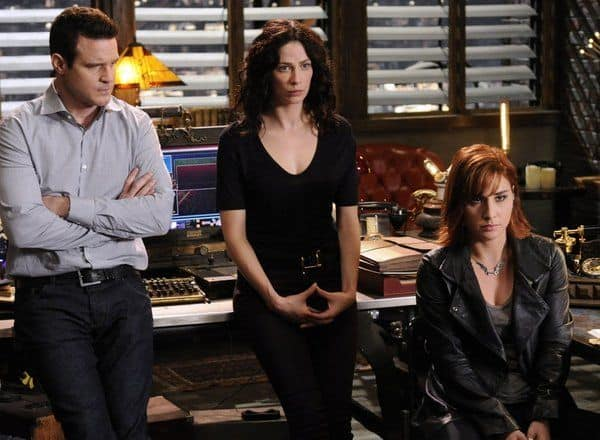 Eddie McClintock as Pete Lattimer, Joanne Kelly as Myka Bering, Allison Scagliotti as Claudia Donovan