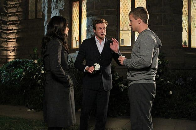 Robin Tunney (Teresa Lisbon), Simon Baker (Patrick Jane), Jesse Luken (Pete Coen)