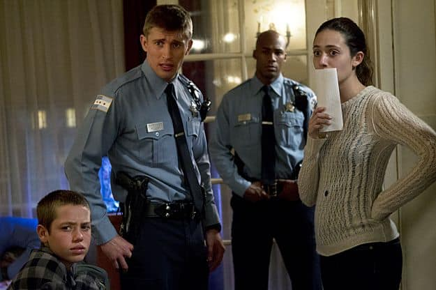 Ethan Cutkosky as Carl Gallagher, Tyler Jacob Moore as Tony Markovich and Emmy Rossum as Fiona Gallagher in Shameless (Season 3, episode 8)