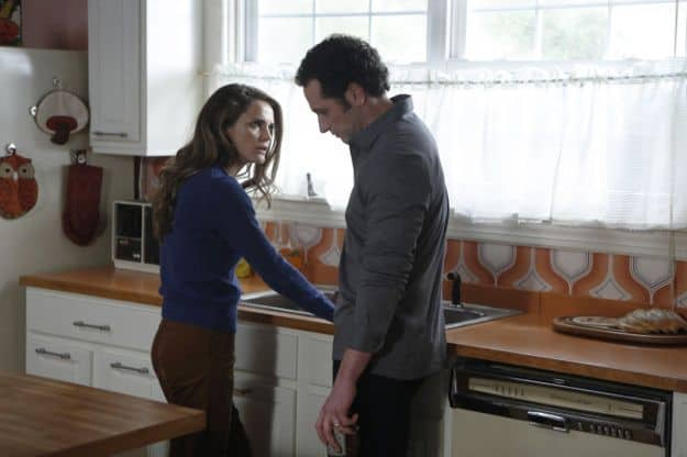 Keri Russell as Elizabeth Jennings, Matthew Rhys as Philip Jennings