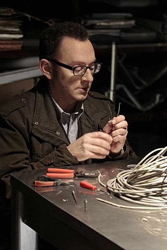 Finch (Michael Emerson) uses his tech savvy