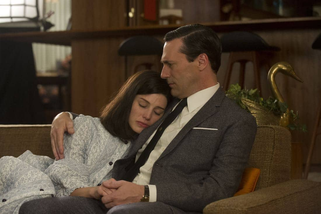 "Megan Draper (Jessica Paré), Don Draper (John Hamm) - Mad Men_Season 6, Episode 3_""The Collaborators"" - Photo Credit: Ron Jaffe/AMC"