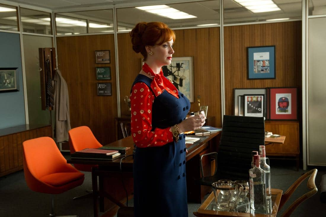 "Joan Harris (Christina Hendricks) - Mad Men_Season 6, Episode 3_""The Collaborators"" - Photo Credit: Ron Jaffe/AMC"