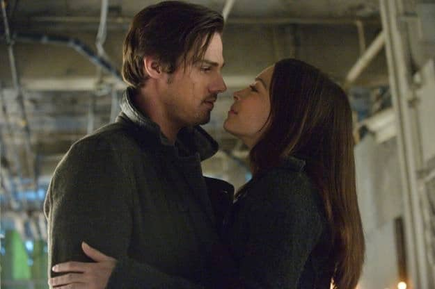 beauty and the beast season 1 episode 19 playing with fire 4