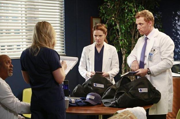 greys-anatomy-season-9-episode-20-shes-killing-me-11