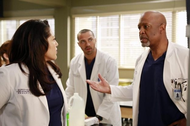 greys-anatomy-season-9-episode-20-shes-killing-me-16