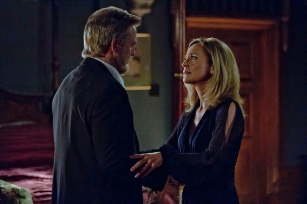 arrow-season-1-episode-21-the-undertaking-6