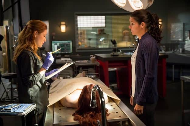 rizzoli-and-isles-season-4-episode-1-we-are-family-1