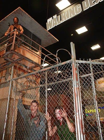 THE WALKING DEAD Comic Con Booth 1