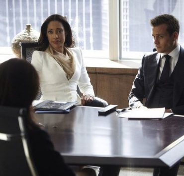 Gina Torres as Jessica Pearson, Gabriel Macht as Harvey Specter