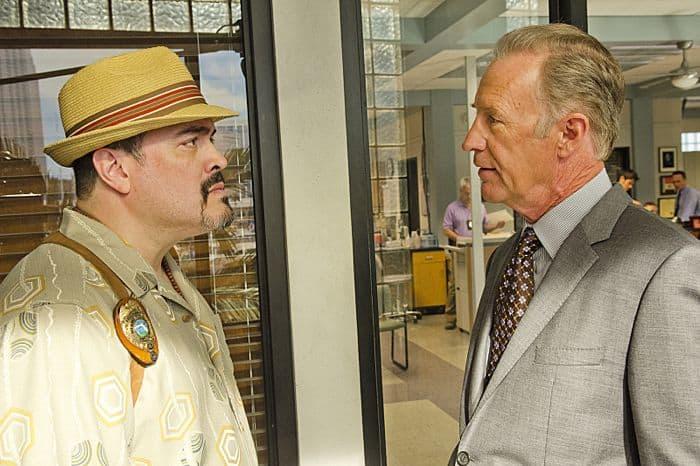 David Zayas as Angel Batista and Geoff Pierson as Deputy Chief Tom Matthews in Dexter