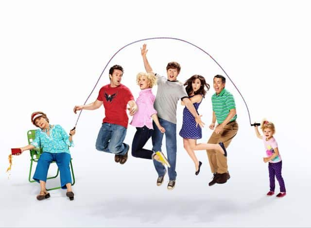 Raising Hope Cast Season 4 Cloris Leachman, Garret Dillahunt, Martha Plimpton, Lucas Neff, Shannon Woodward, Gregg Binkley and Baylie/Rylie Cregut