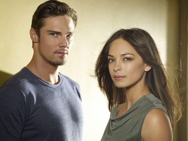 Jay Ryan as Vincent and Kristin Kreuk as Catherine Beauty And The Beast