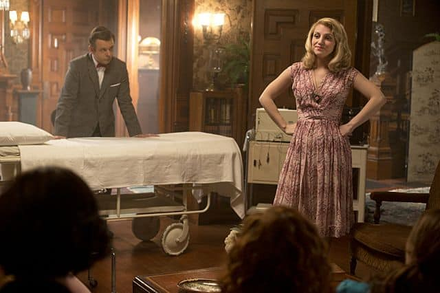 Michael Sheen as Dr. William Masters and Annaleigh Ashford as Betty in Masters of Sex (season 1, episode 2)