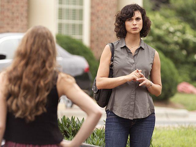 Morena Baccarin as Jessica Brody in Homeland (Season 3, Episode 2)