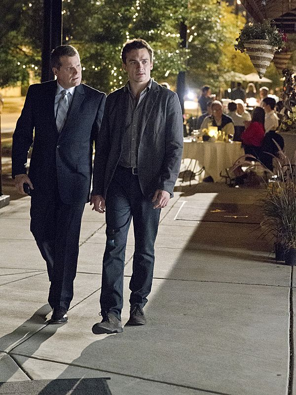 "Robert Newman as ""Banker 1"" and Rupert Friend as Peter Quinn in Homeland (Season 3, Episode 2)"