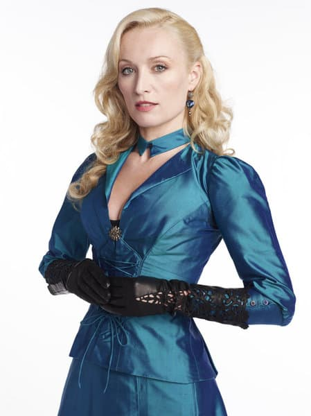 Victoria Smurfit as Lady Jayne Wetherby Dracula Season 1