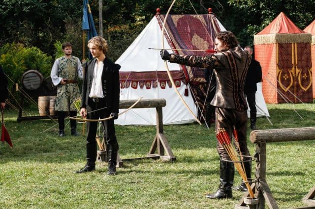 Toby Regbo as Prince Francis and Manolo Cardona as Tomas Reign Hearts and Minds