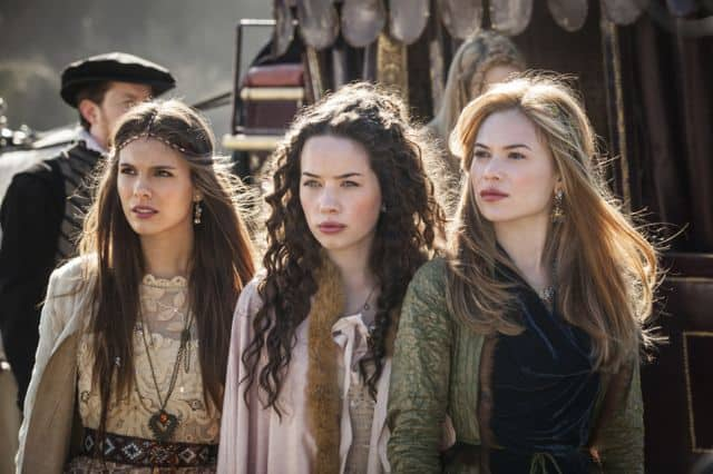 Caitlin Stasey as Kenna, Anna Popplewell as Lola, and Celina Sinden as Greer Reign
