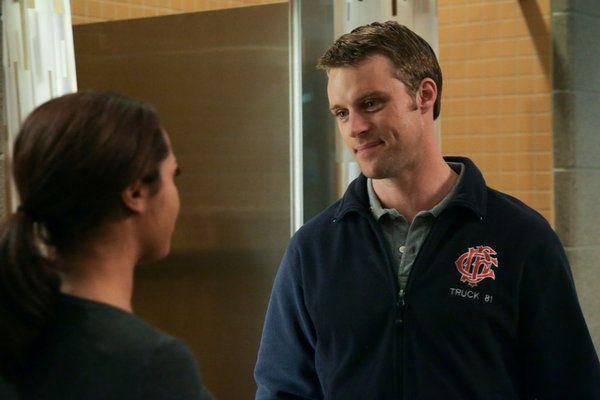 Chicago Fire 2x09 1