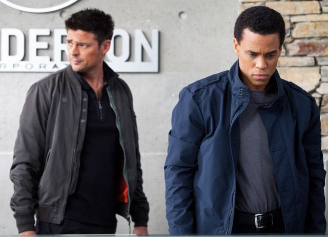 Almost Human 1x03 3