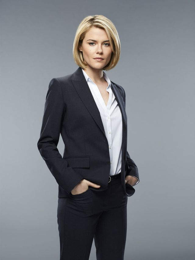 CRISIS Rachael Taylor as Agent Susie Dunn