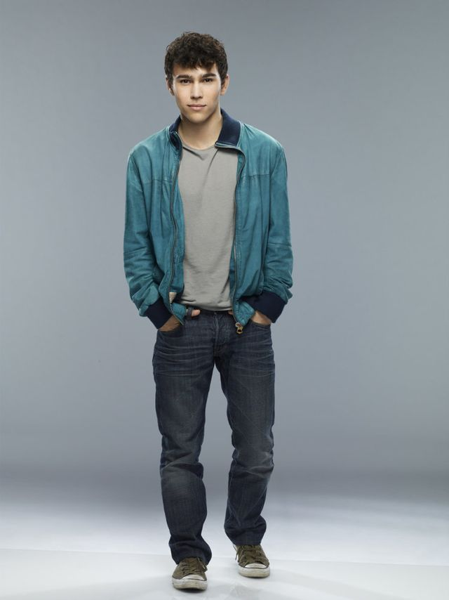 CRISIS Max Schneider as Ian Martinez