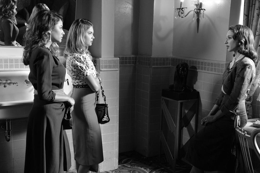 PRETTY LITTLE LIARS Episode 4.19 SHAY MITCHELL, ASHLEY BENSON, TROIAN BELLISARIO