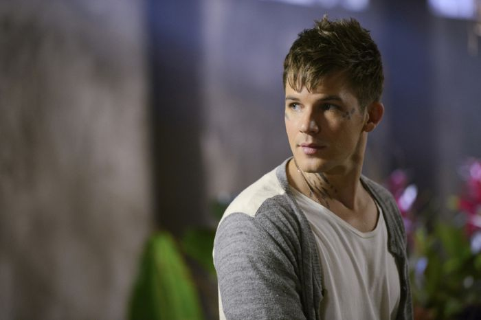 Star Crossed Season 1 Episode 8 09