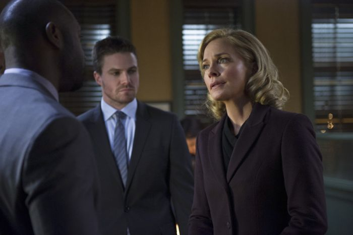 Arrow Season 2 Episode 18 06
