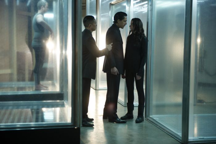 Continuum Season 3 Episode 1 02
