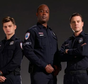 Sirens USA Network Cast