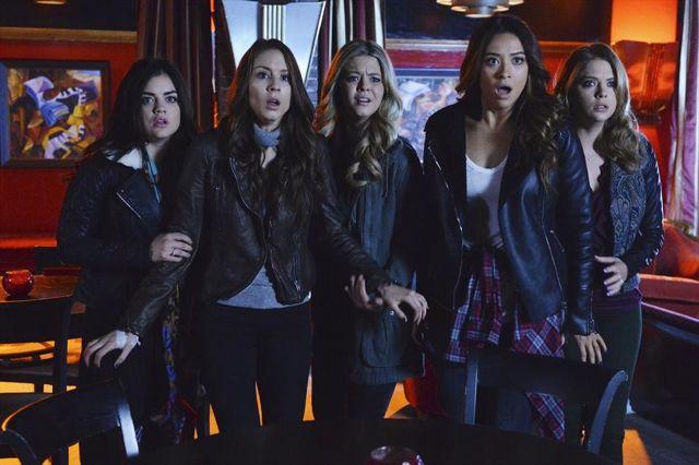 Pretty Little Liars Season 4 Episode 24 111