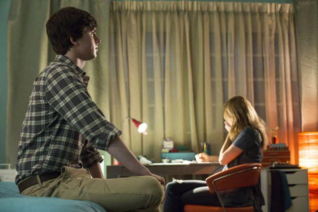 Bates Motel 2x01 3