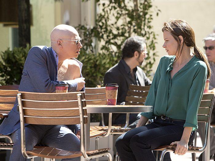 Evan Handler as Charlie Runkle and Mary Lynn Rajskub as Goldie in Californication