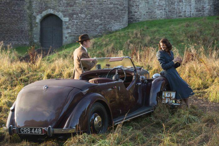 Outlander 2014 Frank Randall (Tobias Menzies); Claire Randall (Caitriona Balfe)