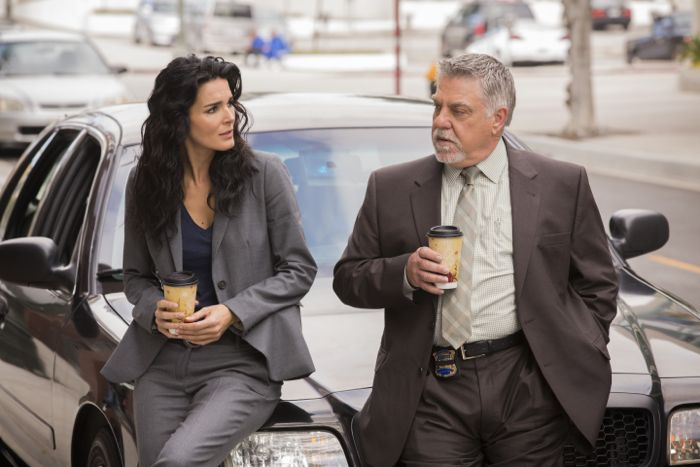 """RIZZOLI & ISLES"" ""Goodbye"" / Ep 502 TNT Ph: Trae Patton"