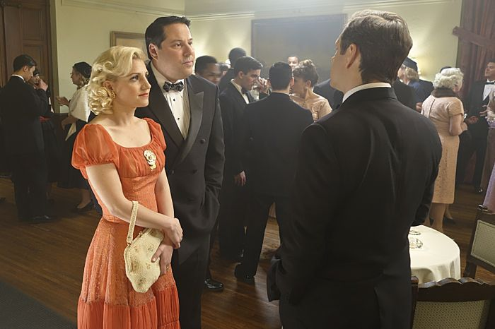 Annaleigh Ashford as Betty, Greg Grunberg as Gene Moretti and Michael Sheen as Dr. William Masters in Masters of Sex (season 2, episode 1)