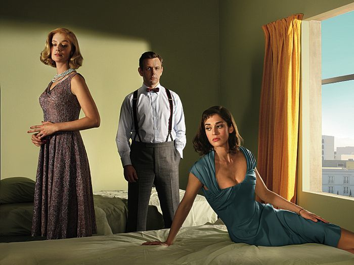 Caitlin Fitzgerald as Libby Masters, Michael Sheen as Dr. William Masters and Lizzy Caplan as Virginia Johnson in Masters of Sex (season 2)