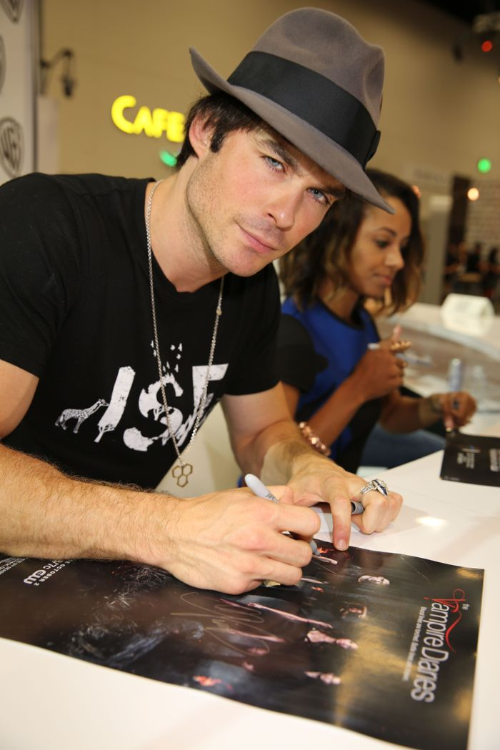 The Vampire Diaries Cast Comic Con 03