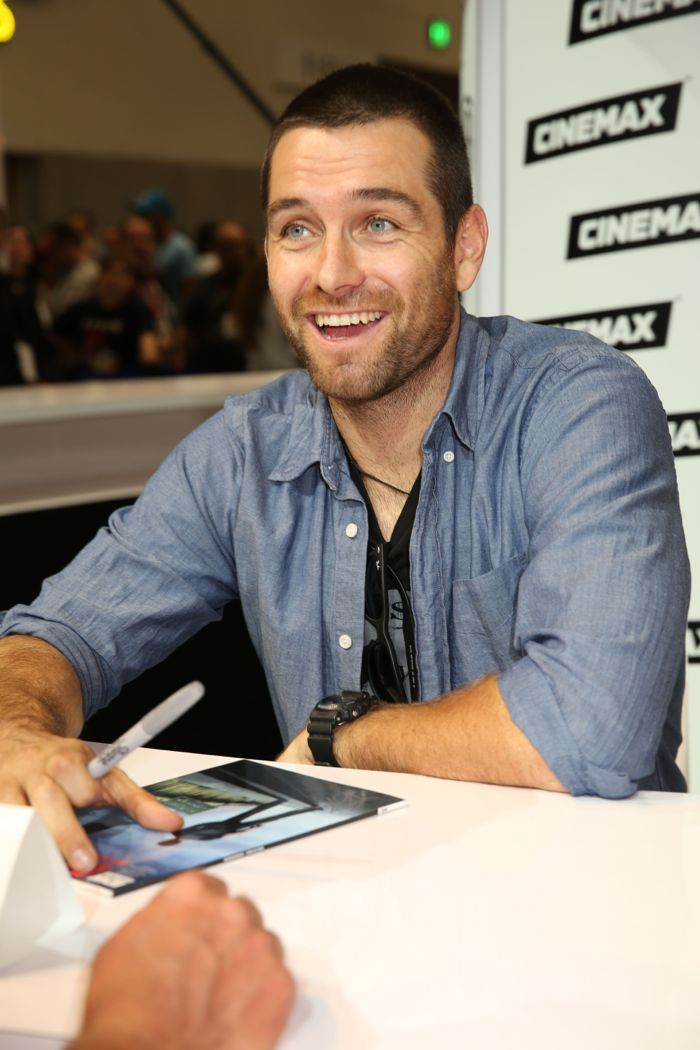 BANSHEE leading man Antony Starr is all smiles during the show's signing in the Warner Bros. booth at Comic-Con 2014