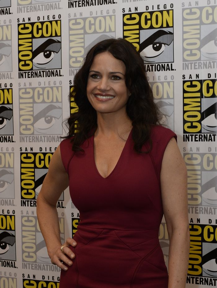WAYWARD PINES cast member Carla Gugino signs autographs for fans during the WAYWARD PINES booth signing on Friday, July 25 at the FOX FANFARE AT SAN DIEGO COMIC-CON