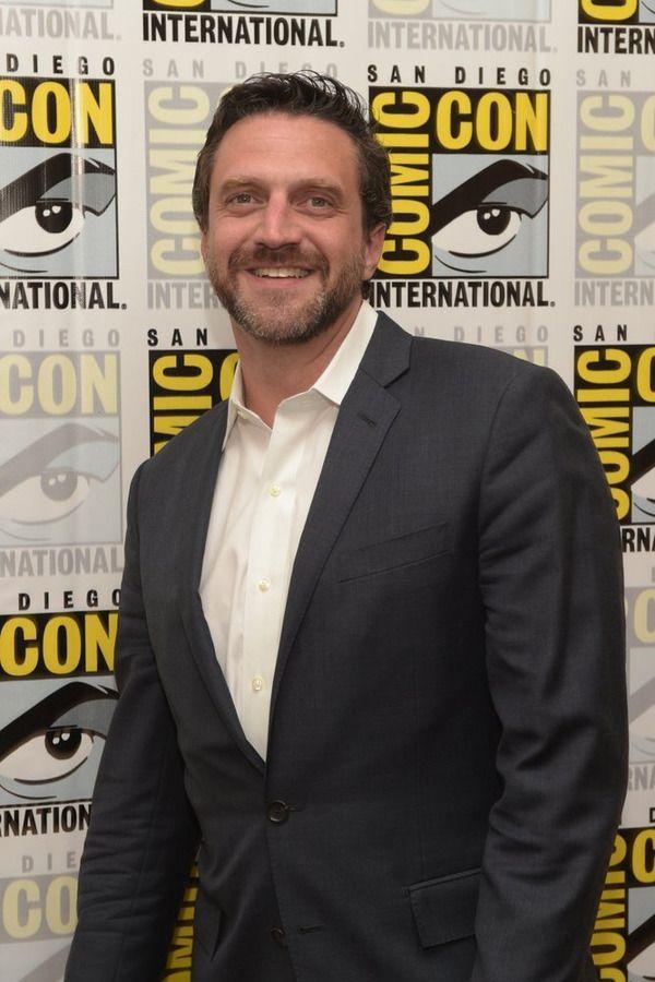 Raul Esparza Hannibal Comic Con
