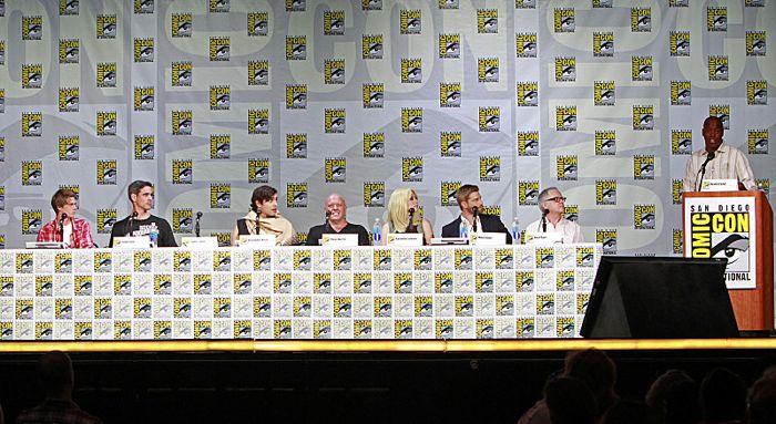 Under The Dome Panel Comic Con 3
