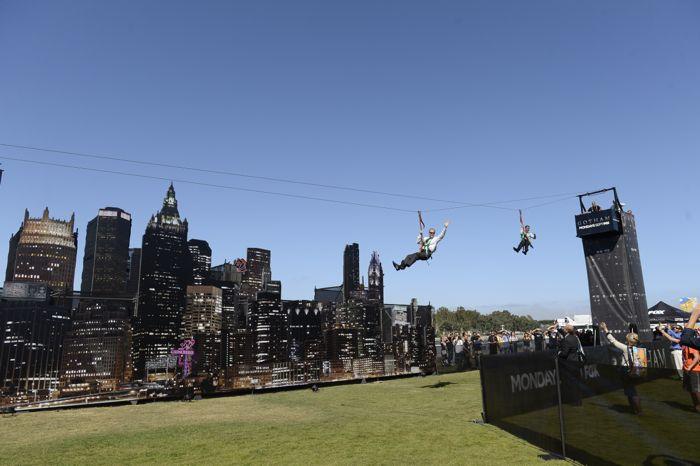 Gotham Zipline Comic Con SDCC